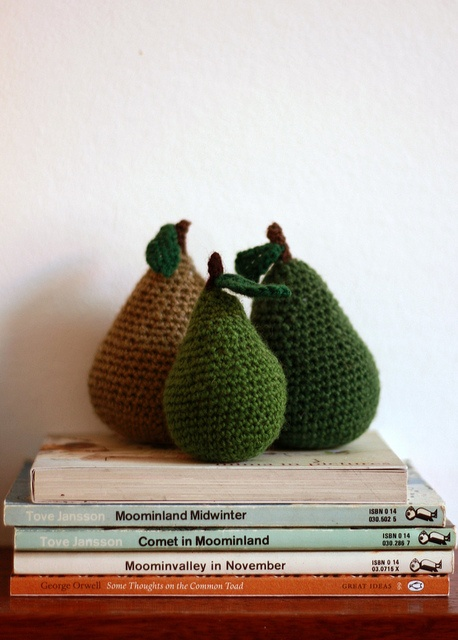 knitted pears & vintage Moomin books