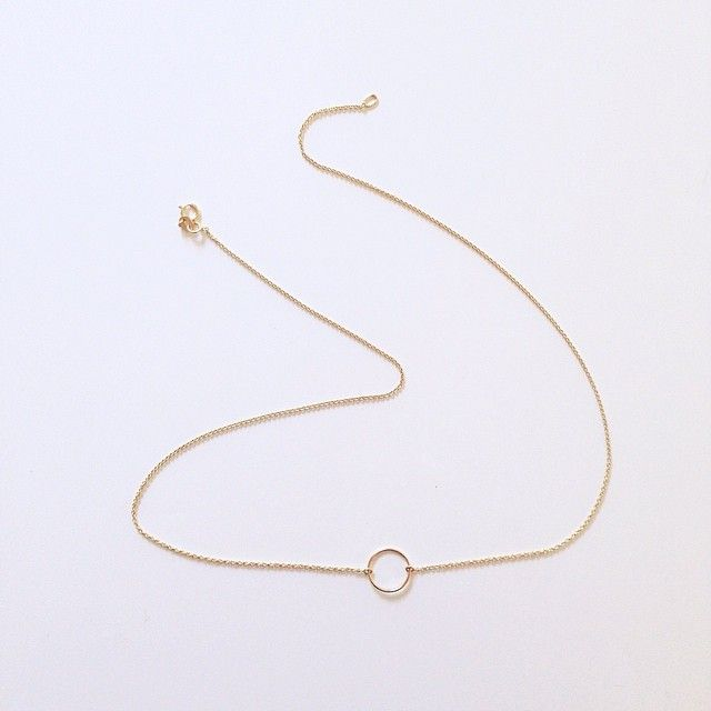 the perfect everyday necklace. By Vrai & Oro
