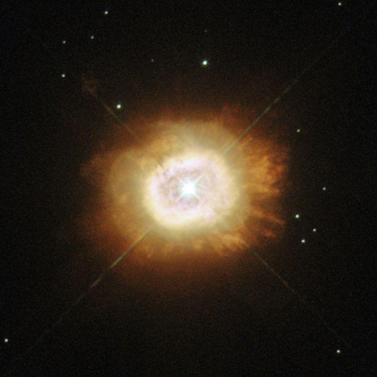 Nebulosa M1-67 (Sh2-80; LBN 127; PK 050+03.1; PN VV 220). Es una joven de nebulosa alrededor de una estrella Wolf-Rayet, llamado WR124. Región de H II en la constelación de la Flecha. Se localiza no lejos de la frontera con el águila y en la línea que une los ganchos y la estrella ζ Aquilae. Posee forma de  burbuja y rodea a la estrella de Wolf-Rayet WR 124. Esta nebulosa fue generada por la expulsión de material de la superficie de una estrella.