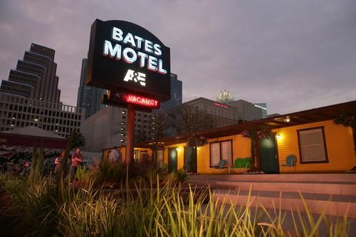 I Stayed in the Bates Motel — And Survived https://www.yahoo.com/travel/i-stayed-in-the-bates-motel-and-survived-113836072687.html