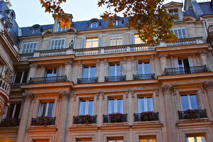Sempre adoro pensar como devem ser maravilhosos estes apartamentos...Em Paris!!!