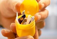 Böse Überraschung: 300 Euro für ein Ü-Ei im Gepäck.