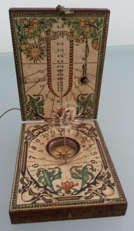 Cadran solar cu busola antica din lemn diptic este fabricat de 365mag.ro costă 350 lei . Cadran solar cu busola antica din lemn diptic se afla pe stoc si se plateste la primirea coletului. Mai multe produse din categoria Antichitati - Artizanat - Colectionabile