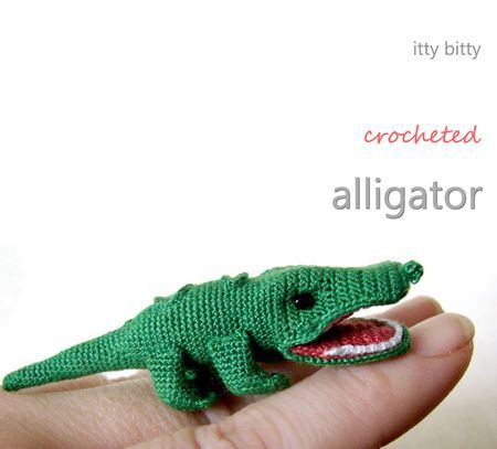 Itty Bitty Crocheted Alligator - free amigurumi pattern