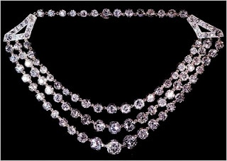Three Row Diamond Festoon Necklace gift from HM King George VI to the then-Princess Elizabeth (Great Britain)