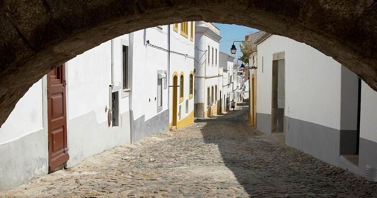 Travessa do Passarinho, à Rua do Cano