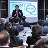 How to Think Strategically - Talk from ESCP Europe Professor in Japan
