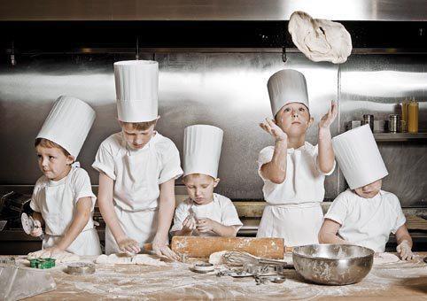 Οι μικροί μάγειρες εν δράσει! #pizza