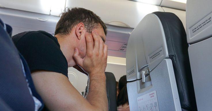 Vertrek je binnenkort met het vliegtuig op vakantie? Probeer deze kwaaltjes dan zeker te vermijden!