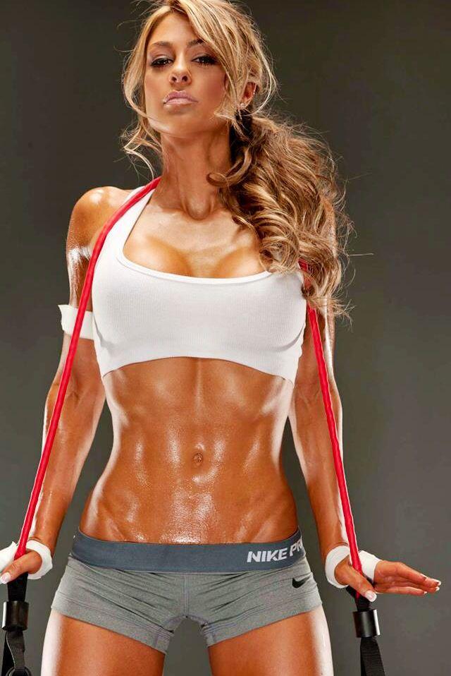 Ideal Nude Muscle Divas Photos