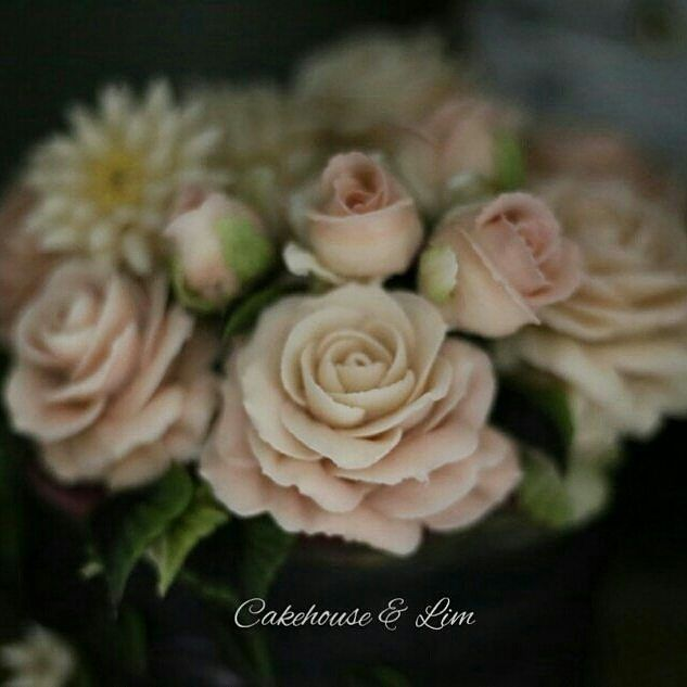 #앙금플라워#flowercakeclass#베이킹#Koreariceflowercake#beanpasteflower#あんこフラワーケーキ#あんこケーキ #cakedesign#flowers#cakehouse&Lim #roseteacher#weddingcake#cakedecorating #米糕#韩国米糕#美食#杯子蛋糕#鲜花蛋糕#点心#甜点#beanpasteflower  #フラワーケーキ#バターフラワーケーキ #韩国#裱花#豆沙裱花#韩式裱花#玫瑰#韩国裱花老师