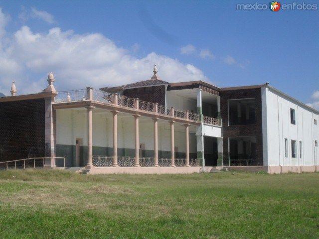 Fotos de Ciudad Mendoza, Veracruz, México: Parte trasera de la escuela Esfuerzo Obrero