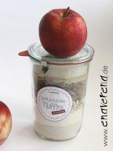 Rezepte für Backmischungen im Glas / Flasche: hier Apfel-Zimt-Schoko-Muffins