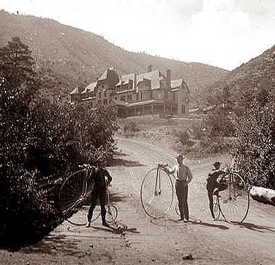 The 65-room Iron Springs Hotel in Manitou Springs was the first in the region to have electric lights when its own water-powered turbine became operational in 1885.   In 1884, the LAW began promoting bicycle tourism with discounts for cyclists at rural inns that participated in LAW advertising programs. Country roadhouses that lost business as railroads replaced stagecoaches catered to weekend bicycle tourists and the new business of recreational tourism filled the economic void.: Colorado Ii, Manitou Spring, Spring History, Historical Colorado, Amazing Photography, Colorado History, Colorado Spring, Spring Hotels, Irons Spring