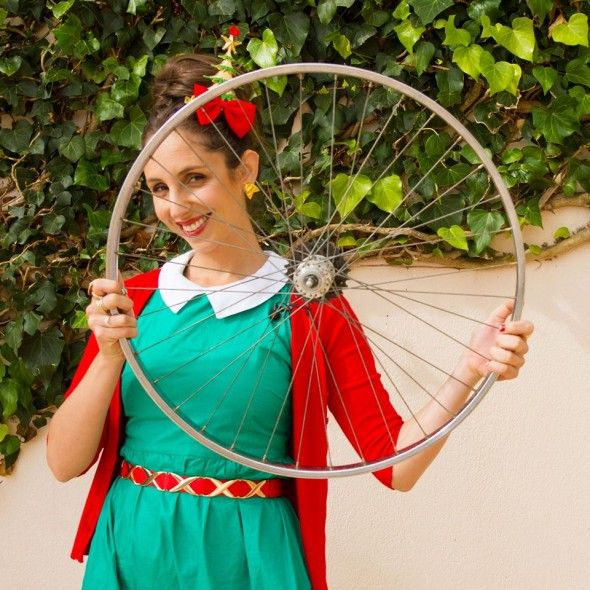 """Here's the last episode in Suzelle DIY's Christmas special…or as Suzelle says """"There's it! The final episode in the Christmas special! I hope that you have enjoyed them x."""" It's not quite a braai pie. It's a spit braai. This time Suzelle has all the tips onhow to make a spit braai/rotisserie.(Although after watching the More Info »"""
