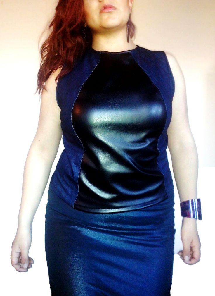 Horma perfecta! #blusa en cuerina y jean #plussize $30.000 COP