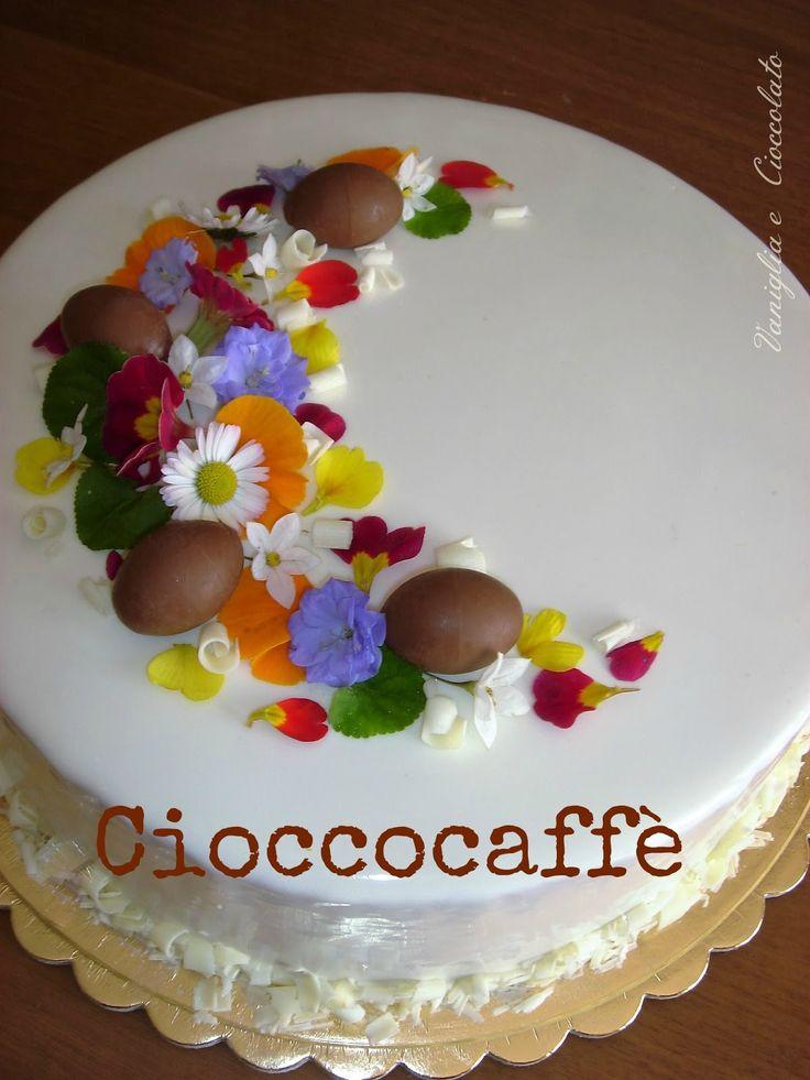 Una torta elegante per una festa importante come la Pasqua,questo il mio dolce per quel giorno,sono tutte basi di Montersino che le ma...