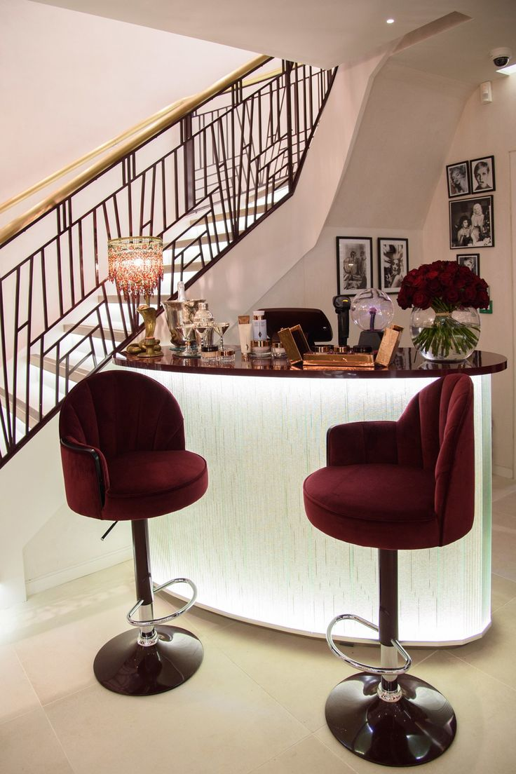Salon furniture auckland at beauty bazaar - Charlotte Tilbury S First Store Opens In Covent Garden