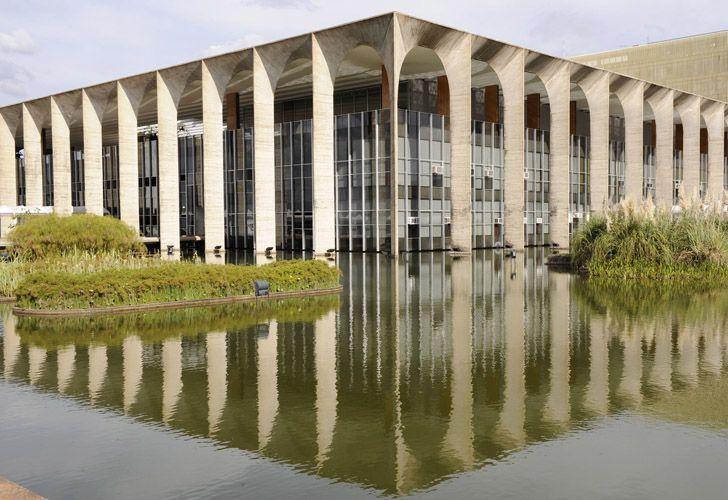 Niemeyer: Ministerio de Relaciones Exteriores, en Brasilia