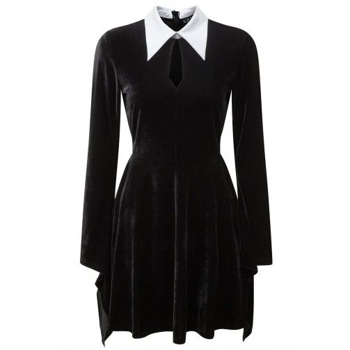A mystifying Addams dress by goth clothing brand Killstar from the UK. Simple and easy elegance, for all weekdays - especially Wednesday!