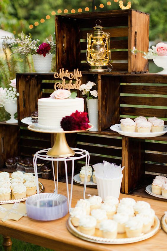 rustic backyard wedding dessert table decor / http://www.himisspuff.com/wedding-dessert-tables-displays/7/