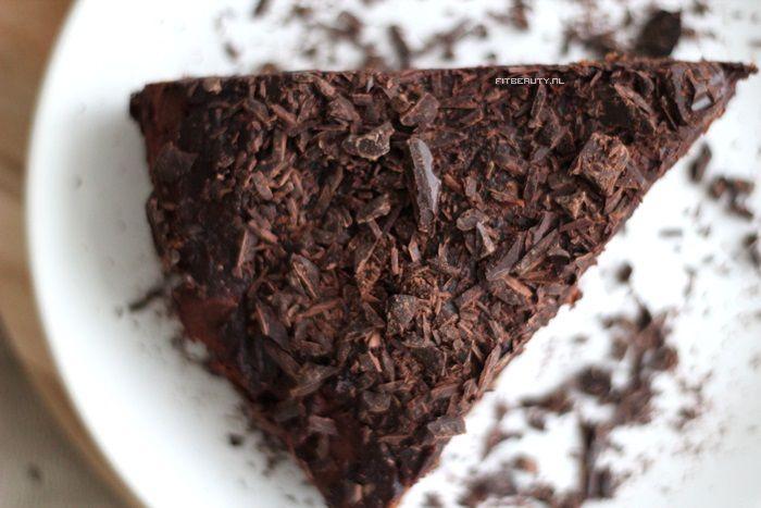 Chocoladetaart! Glutenvrij, Suikervrij en Vegan(istisch)!