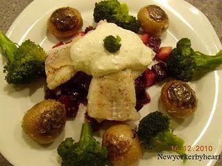 Bagt torsk med rødbede-/pæresalat og parmesancreme……….