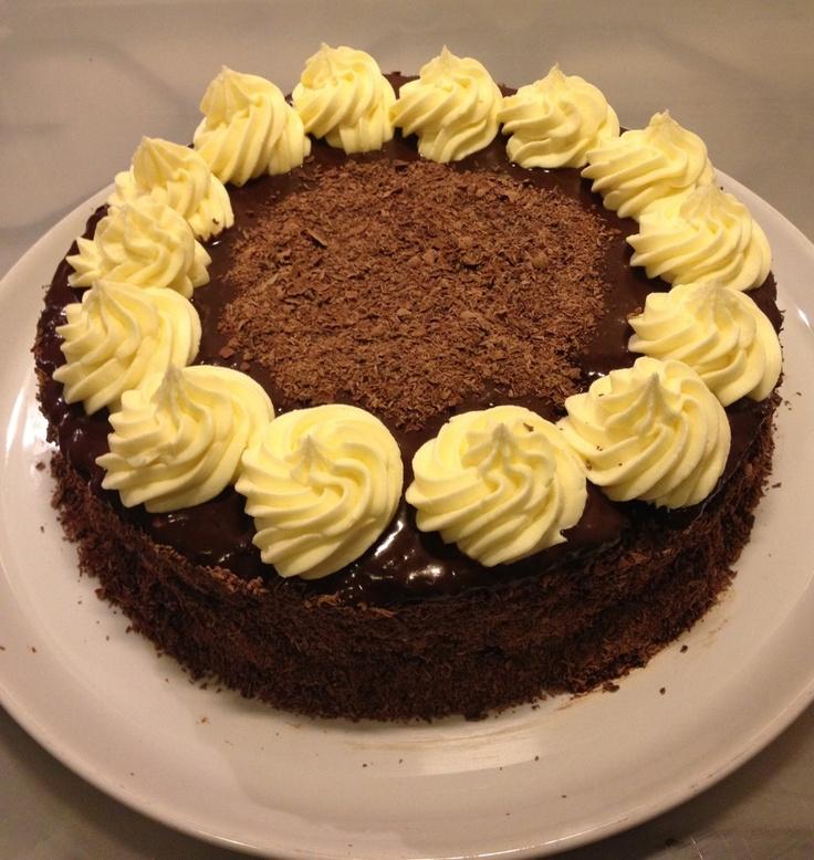 Chocolade mascarpone taart met marsvulling