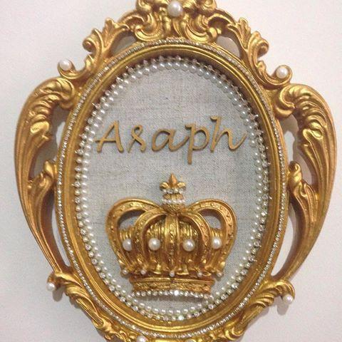 O quadrinho do Asaph ficou digno de um Príncipe!!!👏👏 ______________________________________  Quadro king :R$169,90 a vista ou 3 x 69,90. ______________________________ Para ENCOMENDAS, cálculo de frete e dúvidas, entrar em contato por:  WhatsApp 📲(16)988350800 E-mail 📩 ana_carolpatton@hotmail.com ______________________________  Formas de pagamento: 💵 Depósito Bamcario(Itaú,caixa) 💳 Cartão de crédito, via Pág seguros, parcelamento em até 3 x sem juros, ou até 12 x com juros do pág…