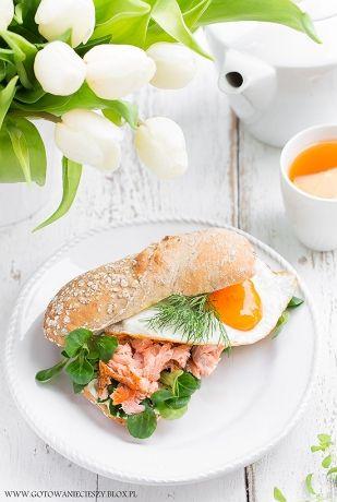 Nadszedł weekend, więc zapraszam Was na kolejną porcję śniadaniowych inspiracji :) Tym razem jajecznica w wersji de luxe, nowa odsłona owsianki i iście
