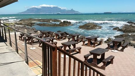 Whether its Breakfast, Lunch or Dinner, can you picture a more spectacular setting? Join us over the weekend and enjoy a leisurely meal with friends or family!