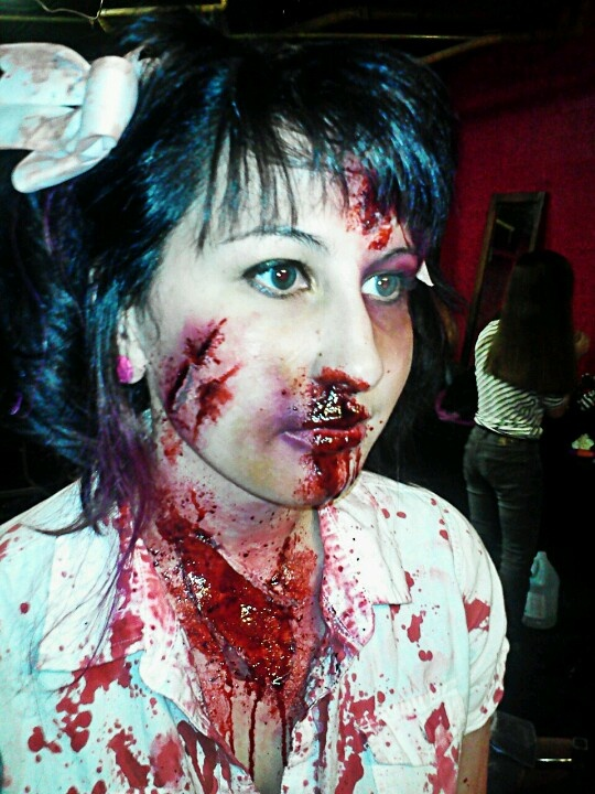 17 best images about zombie halloween on pinterest - Zombie scars with glue ...