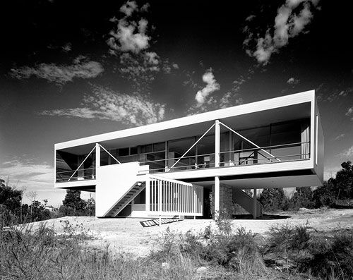 The Rose House, at Turramurra 1951 Architect Harry Seidler . Copyright State Library of NSW