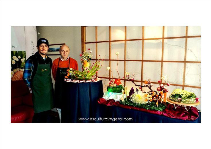 Curso de tallado con el Chef Tomas Mundaca Maragliano www.esculturavegetal.com