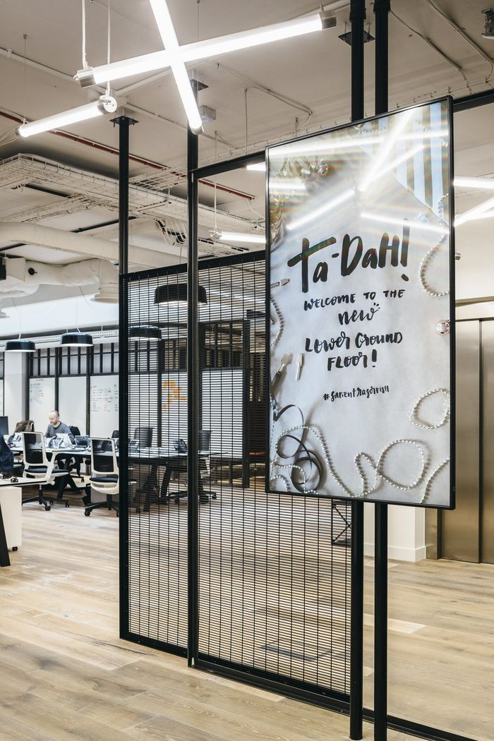 https://officesnapshots.com/2017/02/20/sapientrazorfish-offices-london/?utm_source=Office Snapshots Weekly Newsletter