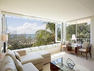 Maison Noosa Luxury Beachfront Resort ~ 2 Bedroom Luxury Beachfront Apartment overlooking Noosa Main Beach Vacation Rental in Noosa Heads from @homeawayau #vacation #rental #travel #homeaway http://www.homeaway.com.au/holiday-rental/p403593232