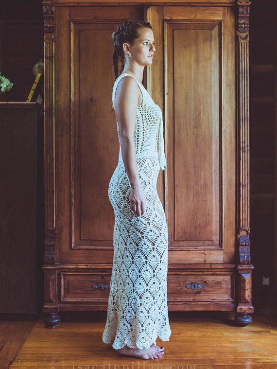 Handmade Crochet Wedding Dress LUNA NEGRA by IsaCatepillan on Etsy