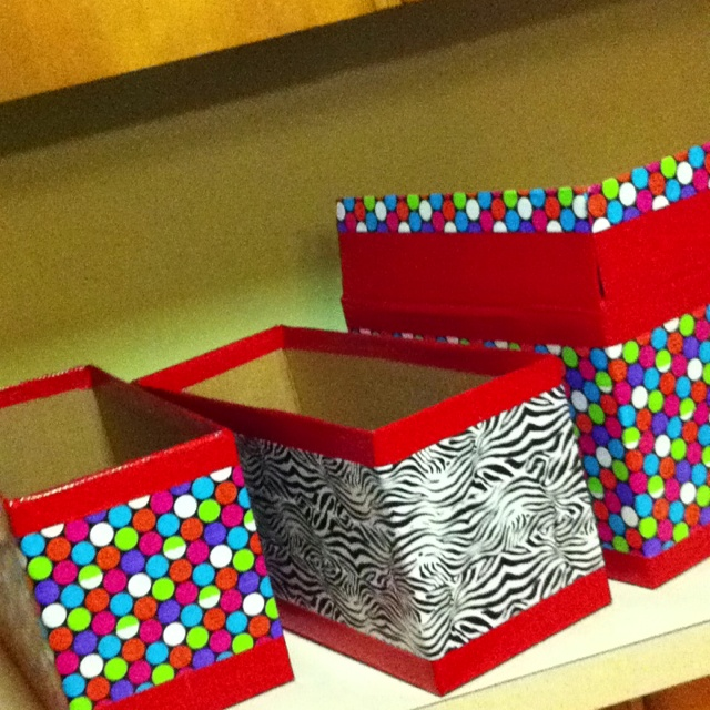 Duct tape designed boxes!! Another great idea from pinterest/ houseofhepworths.com (http://www.houseofhepworths.com/2011/03/29/how-to-make-adorable-accessories-from-duct-tape/)   Made by me!: Tape Ideas, Great Ideas