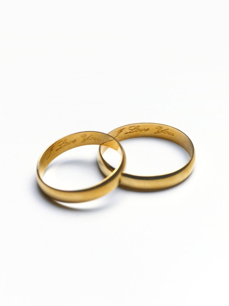 personalize your wedding rings with the perfect engraved inscription - Wedding Ring Engraving Ideas