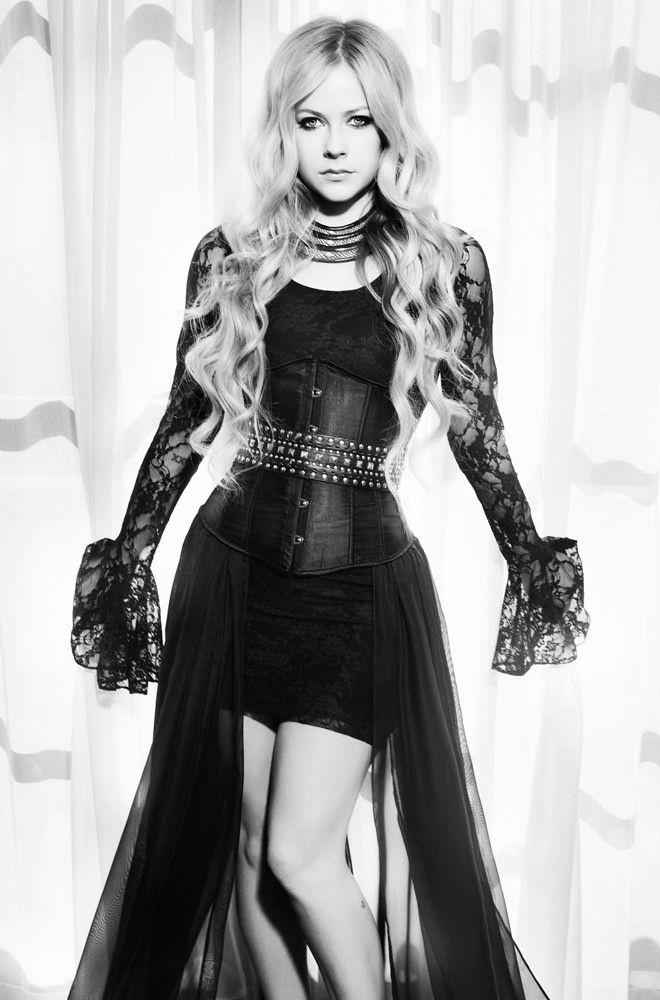 Аврил Лавин — Фотосессия для «Glamoholic» 2013 – 2