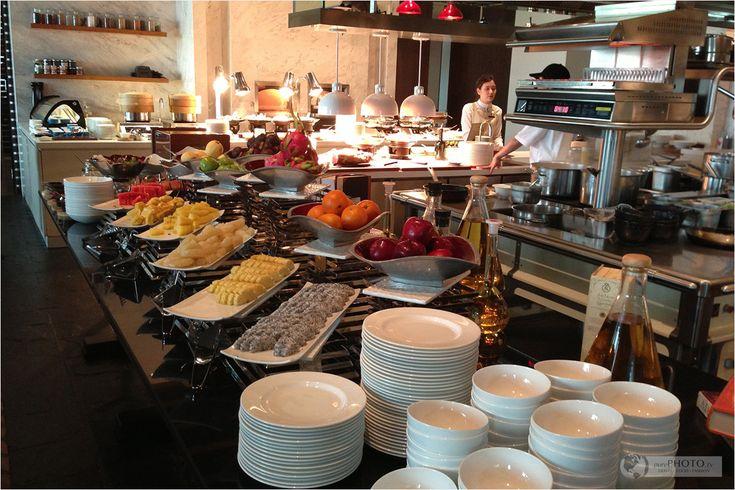 Fruits and open kitchen breakfast at viu restaurant st for P kitchen restaurant bangkok