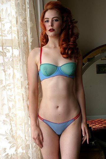 Sexy freckles redhead heather vs niagara - 2 1