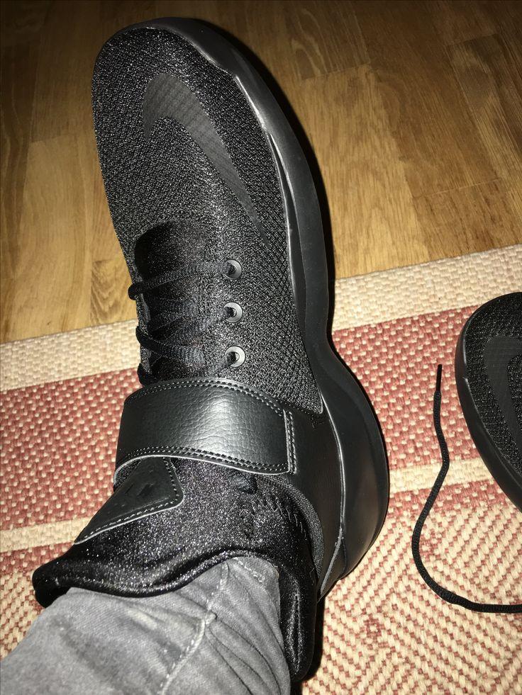 One of my fav sneaker Nike kwazi