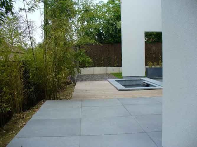 terrasse en pierre bleue