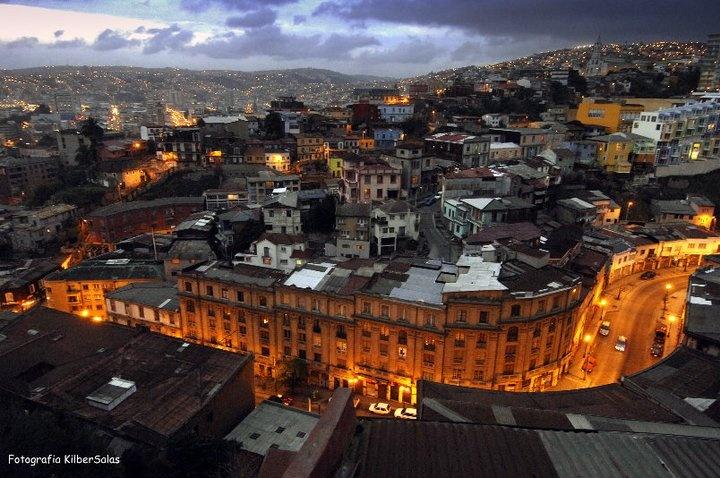 Valparaíso al atardecer