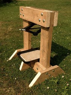 Homemade cider press powered by car jack wood work for Home wine press