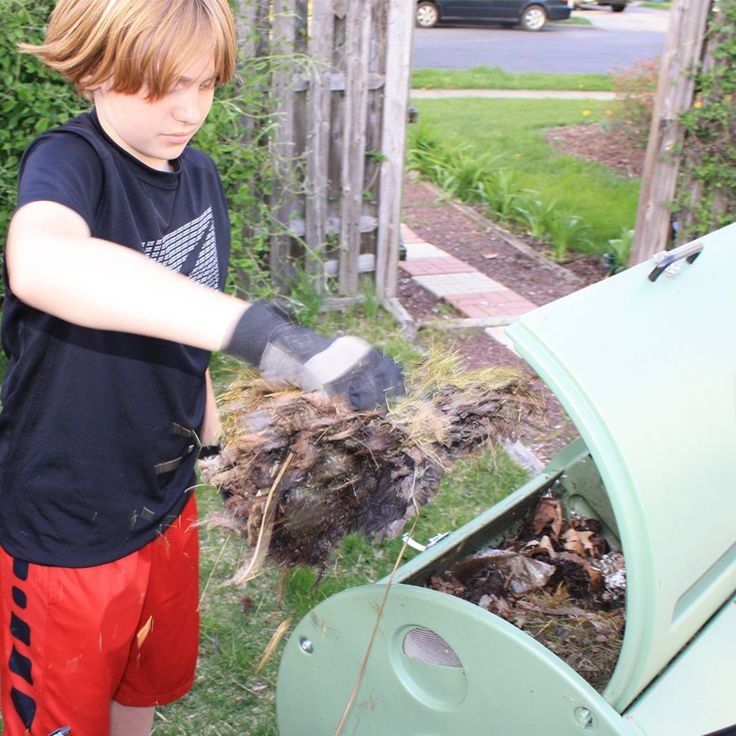 Trench Composting With Kitchen Scraps: 34 Best ComposThursday Images On Pinterest