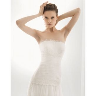 Rosa Clara - Strapless - White - Size 8 wedding dress for sale in Colliers Wood, Greater London | Still White United Kingdom