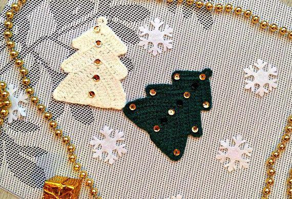 Christmas trees green and white Crochet christmas tree