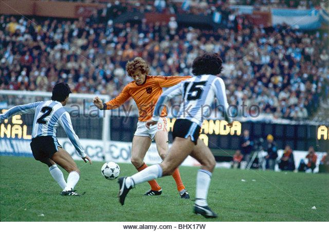 World Cup 1978 Final Holland 1 Argentina 3 after extra time Adrianus Haan (9) controls the ball as Osvaldo Ardiles - Stock Image